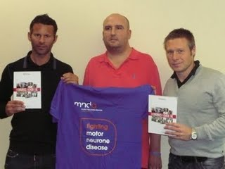 Del is here pictured with Ryan Giggs and Nick Barmby at Old Trafford